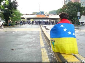 Photo Credit: http://runrun.es/wp-content/uploads/2012/10/VENEZUELA.jpeg