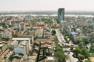 Downtown Yangon Photo Credit: Modulo via Wikimedia Commons