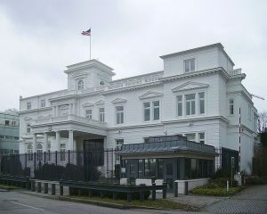 US Consulate-General in Hamburg, Germany Photo Credit: Garitzko via Wikimedia Commons