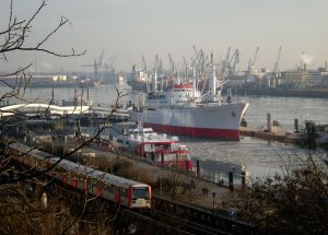 Port of Hamburg By Franzfoto (Own work) [GFDL (http://www.gnu.org/copyleft/fdl.html) or CC BY-SA 3.0 (http://creativecommons.org/licenses/by-sa/3.0)], via Wikimedia Commons