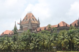 """High Court - Oval Maidan"" in Mumbai, by Anunandusg - Own work. Licensed under CC BY-SA 3.0 via Wikimedia Commons"